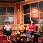 Ibu Giwo Rubianto Wiyogo saat mengikuti Talk Show di TVRI Gorontalo