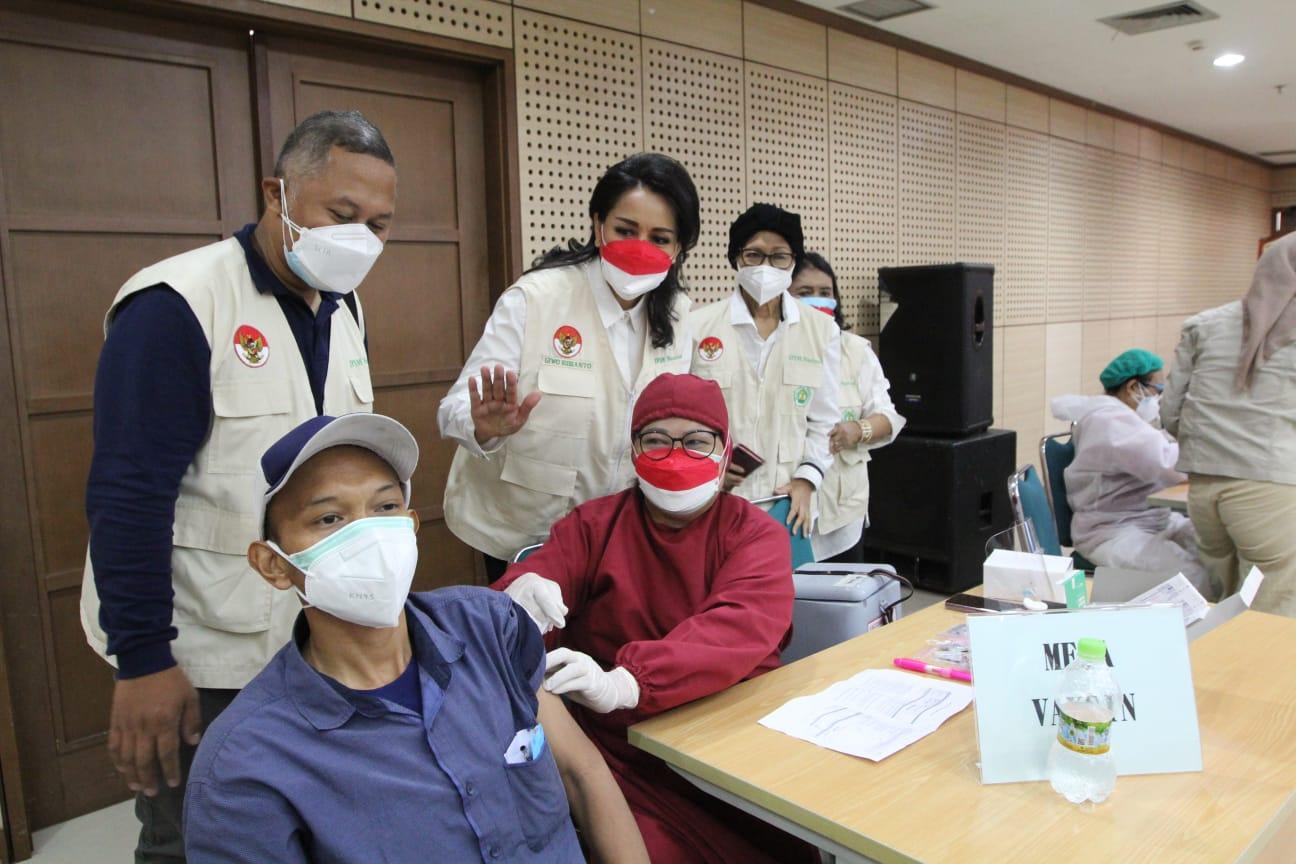 Bantu Sukseskan Target Pemerintah, IPSM Gelar Sentra Vaksinasi Covid-19 di UNJ